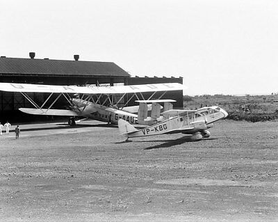 De Havilland DH-84 & Handley Page HP42 11x14 Silver Halide Photo Print