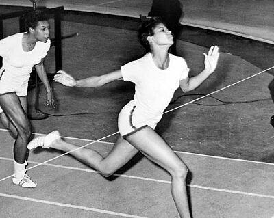 Olympic Champion Wilma Rudolph at Finish Line 11x14 Silver Halide Photo Print