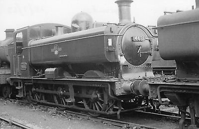 Photo Ex GWR 0-6-0T 4631 at Swindon shed yard on 27/8/63
