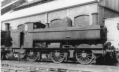Photo GWR 0-6-0T No 2702 at unknown shed yard loco withdrawn in Jan 1950