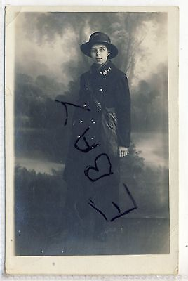 Post Lady Number Gpo 327 By A Seaman & Sons Of Pinstone St. Sheffield Yorks Ww1?