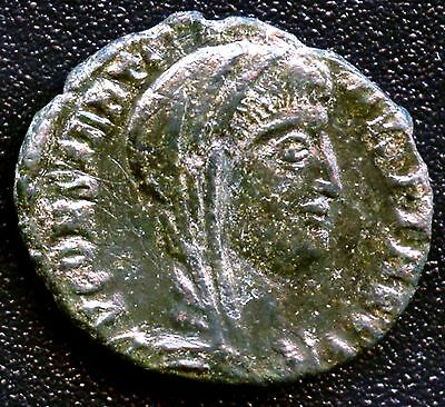 "Ancient Roman Coin "" Constantine I "" 307 - 337 A.D. (Postumus Issue) REF# S3789"