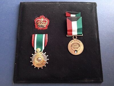 1991 GULF WAR, LIBERATION OF KUWAIT MEDALS, WO2 Rank Badge Presentation Display