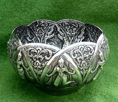 GOOD SIZE INDIAN (MADRAS) SOLID SILVER SWAMI RELIEF DECORATED BOWL c1890 -7.41oz
