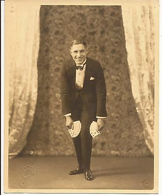 """VINTAGE MAGIC PHOTO OF GEORGE TROSETH """"The Tricky Trickster"""" 1929"""