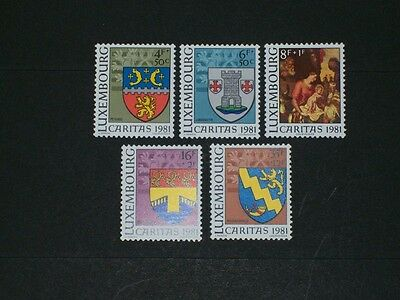 Luxembourg - 1981 - Caritas - Armoiries Et Tableau - Yt N° 991/995 - (Mnh)