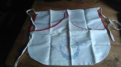New Unused Vintage Pretty Linen Waist Apron To Embroider  Floral Design