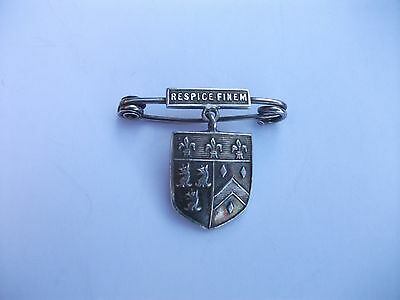 Vintage Silver Hallmarked Coat of Arms Pin/Brooch - Respice Finem