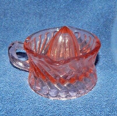 PINK Glass Lemon Lime Juicer Reamer w Finger Holder REVERSE SWIRL 2 SPOUT m