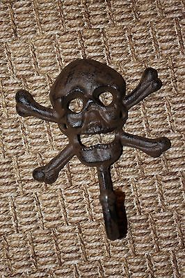 (5), Pirate Bar Decor, Skull Crossbones Wall Decor, Wall Hook, Set of 5,H-66