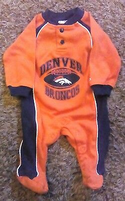 "NFL Infant Unisex 0/3M Orange/Blue ""Denver Broncos"" Light Weight Pajamas"
