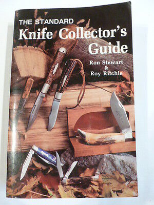 2 Collector Guides - Pocket Knives & Knife Collectors Guide