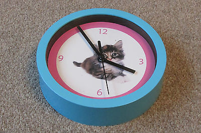 Lovely Small Wall Clock with Cat Picture for Childrens Rooms