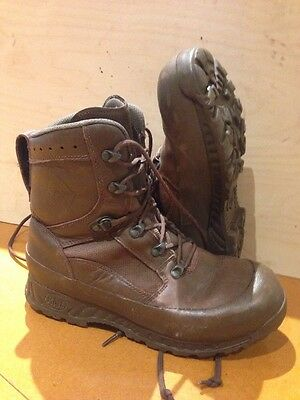 Size 9 genuine brown combat high liability haix boots! very good condition!