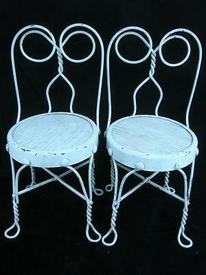 Vtg Pair of White Children's Ice Cream Parlor Chairs Wrought Iron Twisted Metal