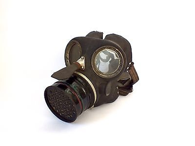 Vintage  Wwii  S G & Co Ltd Gas Mask 1939 Small