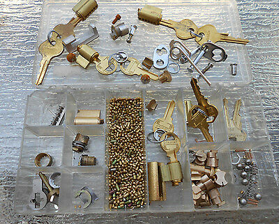 Locksmith-Student-Lot of  Padlock Lock Cylilnders...  for Parts or Practice
