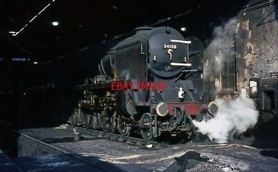 Photo  Sr  West Country Class 4-6-2 Pacific No. 34108 Wincanton Peeks Out From T