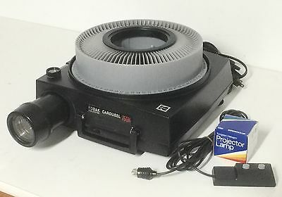 Kodak 750H Slide Projector With Lens, Tray, Remote, Extra Bulb