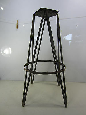 Vintage Wrought Iron Hair Pin Leg Stool Base for Projects or Garden Trellis