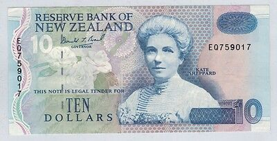 New Zealand (1992-97) Reserve Bank $10 Note p178b