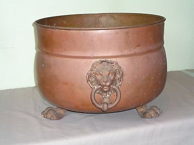 Large Vintage COPPER CLAW FOOT PLANTER POT With BRASS LIONS FACE HEAD HANDLES