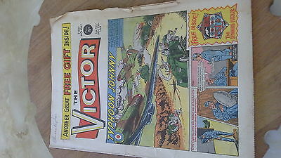 THE VICTOR 153 JANUARY 25TH 1964 TYPHOON JOHNNY THOMSON COMIC well worn