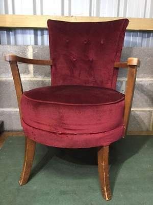 Vintage Retro Armchair / Bedroom Chair - Red       #900