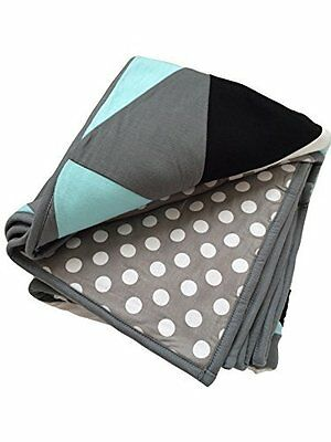 Reversible Triangle Quilt Blanket For Baby-Puffy and Comfy Fabric to Comfort