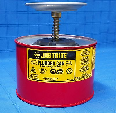 Justrite 10208 2 Quart Plunger Can Must See