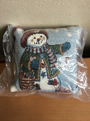 Longaberger Tapestry Door Knob Snowman Pillow - New in Bag