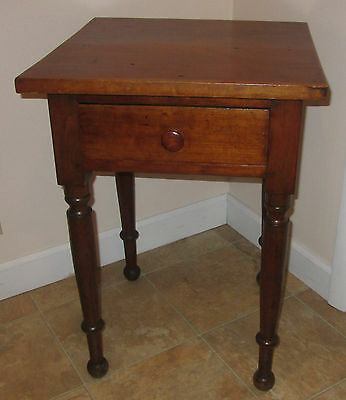 Antique Cherry Wood One Drawer Stand End Table Nightstand