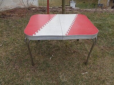 Vintage Mid Century Kitchen Table Chrome Formica Cracked Ice & Red Farm Country