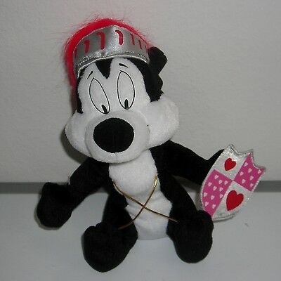 """Warner Brothers Valentine Knight Pepe Le Pew 9"""" Plush Toy"""