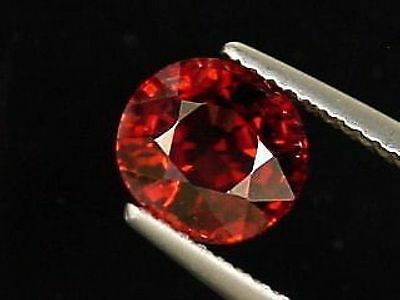Roter Spinell 1,98 Ct. - feines Oval - Sri Lanka (283m)