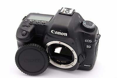 Canon EOS 5D Mark II 21.1 MP Digital SLR Camera - (Body Only) -Shutter Count: 90