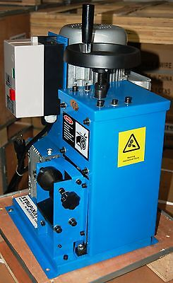 STRiPiNATOR ® Model 60 Copper Wire Stripping Machine Recycler BLUEROCK ® TOOLS