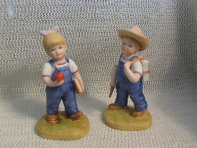 "Denium Days Farm #1513..""school Days"" Girl W/ Apple.. Boy W/ Books Figurine"
