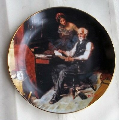 "1989 KNOWLES CHINA PLATE ROCKWELL GOLDEN MOMENTS ""THE LOVE LETTER"" 5th IN SERIES"