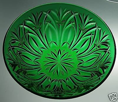 "Forest Green Cathedral Arch 8"" Master Berry Bowl"