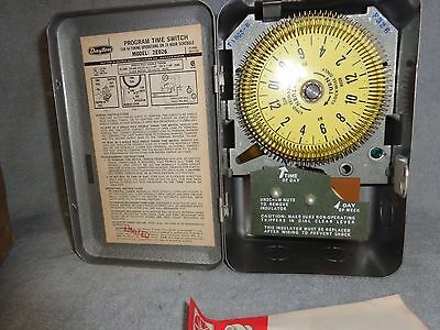 NEW OLD STOCK Dayton Programmable 24 Hr. Timer 20 A 125 V #2E026