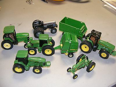 1 Lot Of Five 1/64 John Deere Tractors With Hay Baler And Wagon