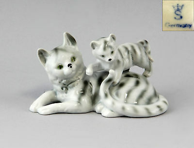 Cat Figurine Group Of Cats Striped Gräfenthal Thuringia 9943095