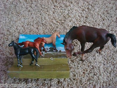 Breyer Horse Lot of 4 Horses 3 Stablemates?  and 1 Traditional Foal