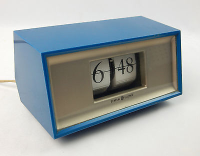 Mid Century Modern General Electric 8114 Blue Fip Clock Works Clean Atomic Era