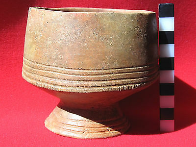 Stunning incised early Bronze Age ceramic cup – Heubach, Germany
