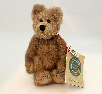 Boyds Bears Plush 1997 McKenzie - Fully Posable Studded Collar Bear - #584003