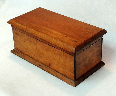 """Vintage Primitive Handcrafted Wooden Box Storage Chest Hinged Lid.. 13""""x7""""x5.5"""""""