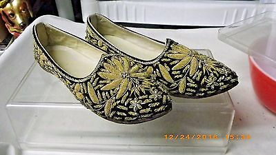 Pair Antique Chinese Embroidered Ceremonial Shoes Black/gold Stunning Size 6