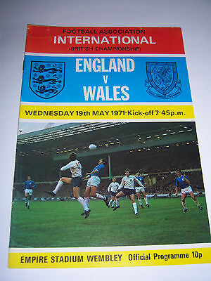 ENGLAND v WALES - MAY 1971 - HOME INTERNATIONAL - FOOTBALL PROGRAMME